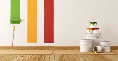 Streichen mit Wandfarbe