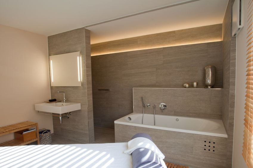 Das Bad als privater Spa-Bereich - Haus Sanierung | {Badezimmermöbel selber bauen 76}