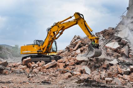 Abfallarten bei der Haussanierung von Bauschutt über Asbest bis hin zu Erdaushub